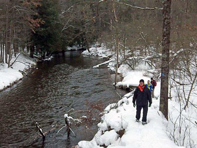 snowshoeing-trails