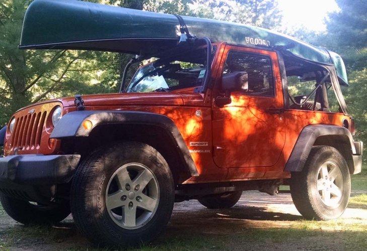 jeep-canoe